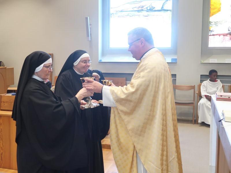 sognepraest-og-nonner